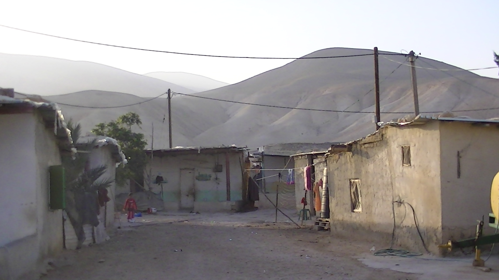 Palestinian homes in the village of Fasayil