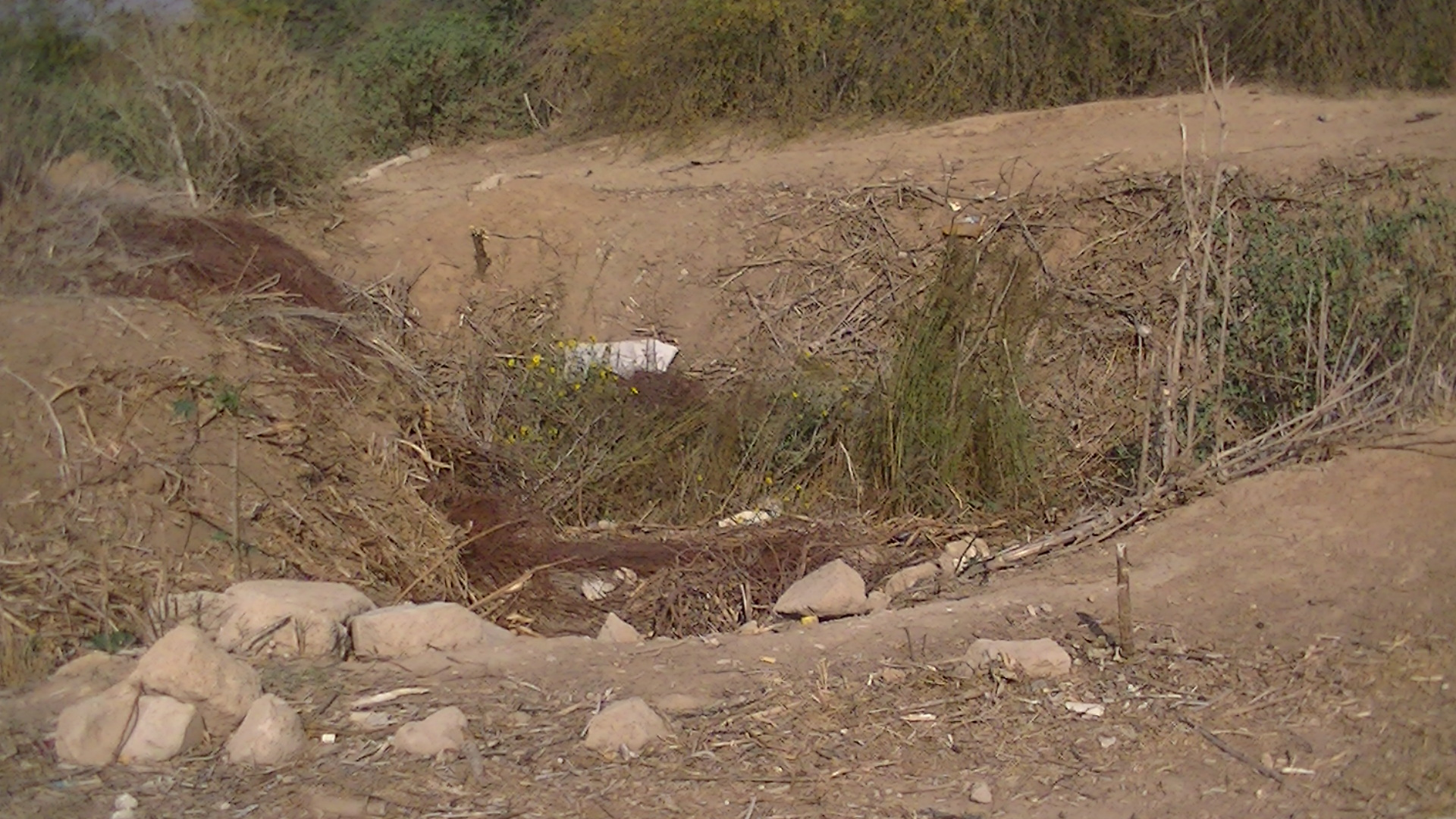 Crater caused by an F16 airstike in December 2012 Beit Hanoun - Photo taken on 6/11/13